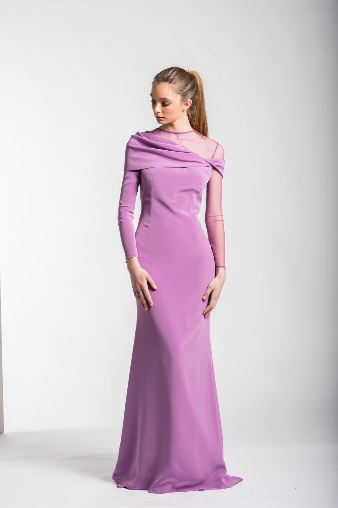 Anticuado Vestido De Novia Lola Ideas Ornamento Elaboración ...